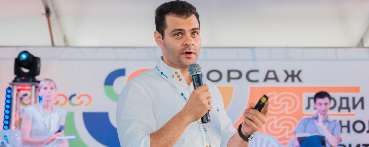 Управляющий партнер 3D Bioprinting Solutions Юсеф Хесуани рассказал участникам «Форсажа» о технологиях будущего